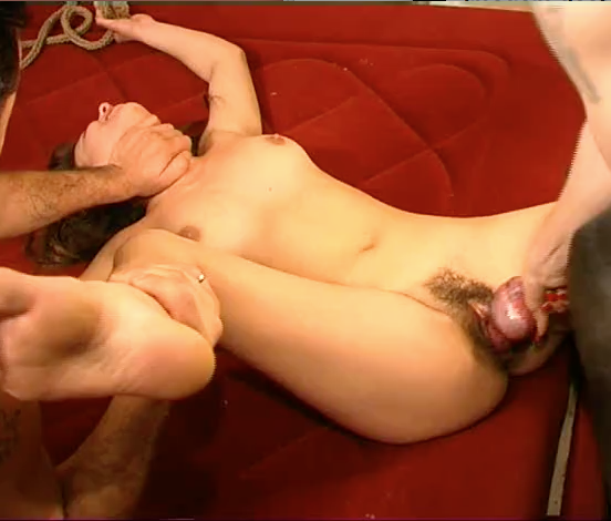 Hairy pussy zoophilia getting dog rolls hard